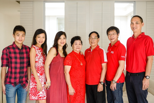 Web CNY Family Portrait-36